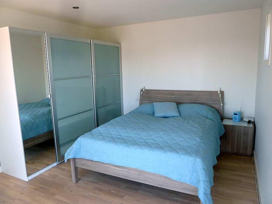 Das Schlafzimmer mit 1 Doppelbett im Erdgeschoß