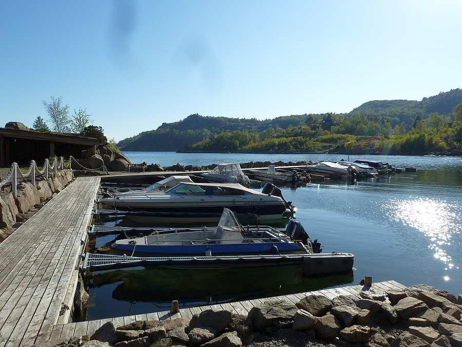 Hier im Bootshafen haben Sie einen eigenen Liegeplatz für Ihr Boot