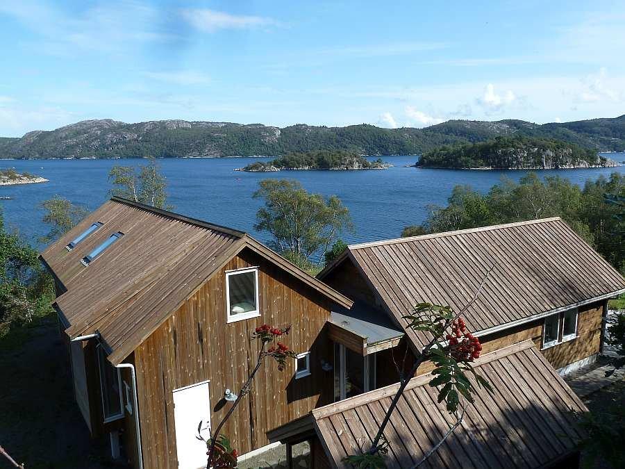 Ferienhaus Torill direkt am Ufer des Grønnsfjord