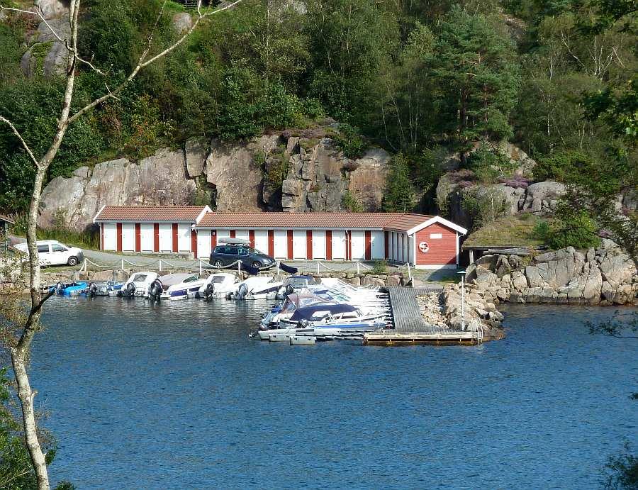 Blick auf den Bootshafen in dem auch Ihr Angelboot liegt