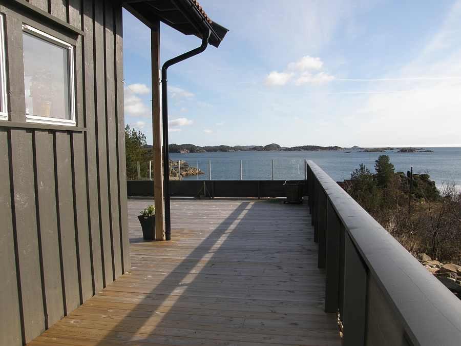 Ferienhaus Urvikodden - direkte Lage am Wasser