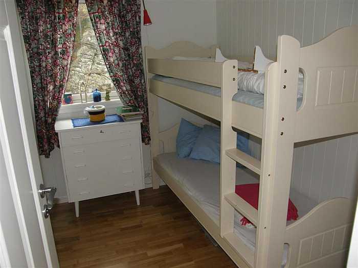 Eines der beiden Schlafzimmer mit je einem Etagenbett