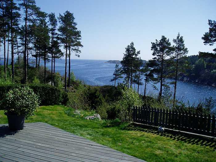 Blick von der Terrasse auf die Schärenküste