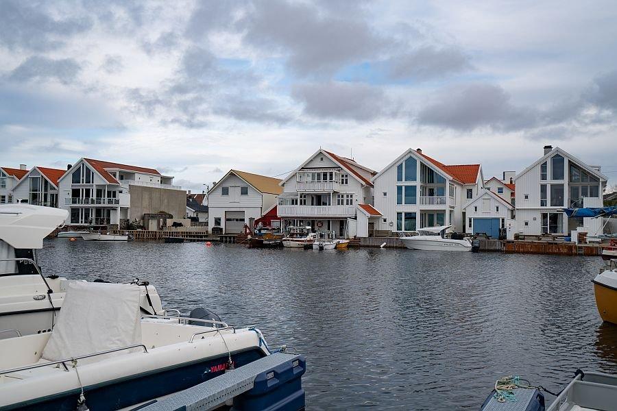 Åkrehamn - im Erdgeschoss liegt Typ 1, darüber Typ 2.