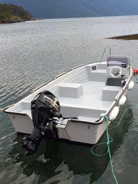 Zusatzboot  >Grand< 19 Fuß/30 PS, 4-Takter, E-Starter, Steuerstand, Echolot