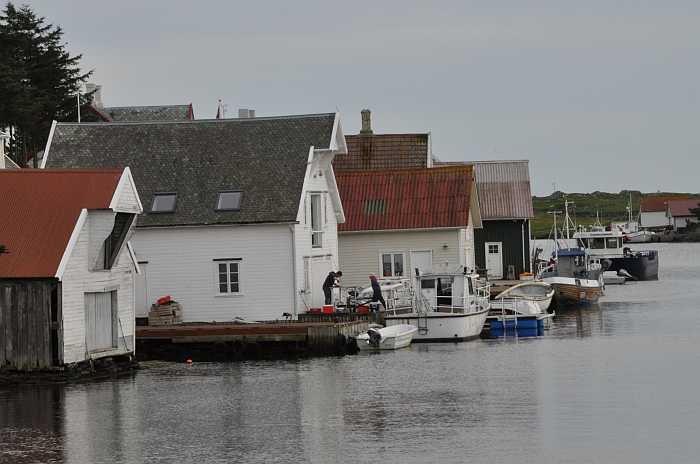Früher war das Ferienhaus Leiasund ein Bootshaus - es wurde zu einem komfortablen Wohnhaus umgebaut