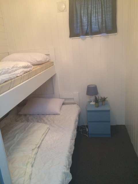 Weiteres Schlafzimmer mit norwegischem Etagenbett