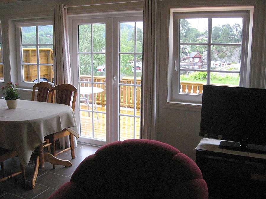Vom Wohnbereich des Hauses 5 gelang man direkt auf die Veranda