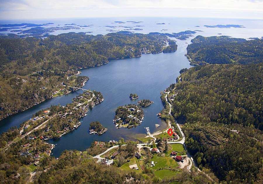 Blick auf den Trysfjord und die Røsstad Hytter