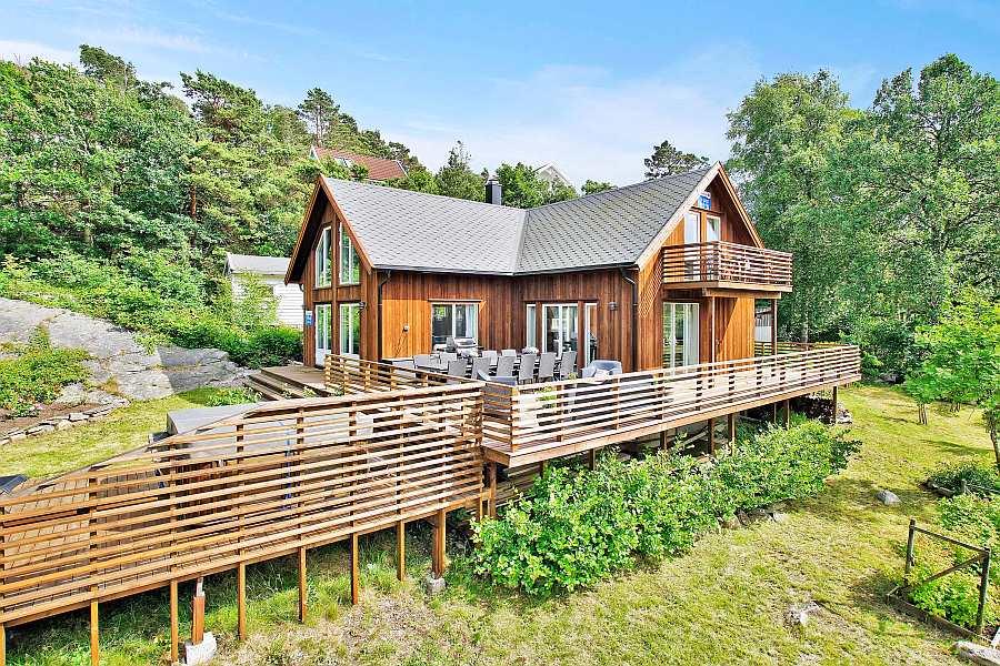 Ferienhaus Solkrogen auf der Insel Herøya an der Südküste Norwegens