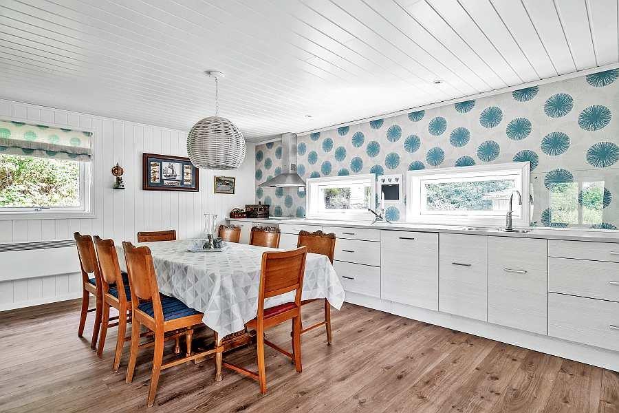 Die moderne Küche des Ferienhauses