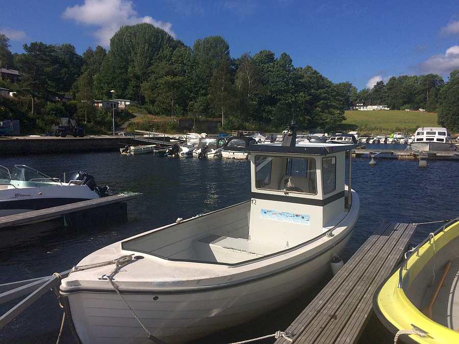 Dieselboot 23 Fuß mit 32 PS Motor, Echolot, Kajüte