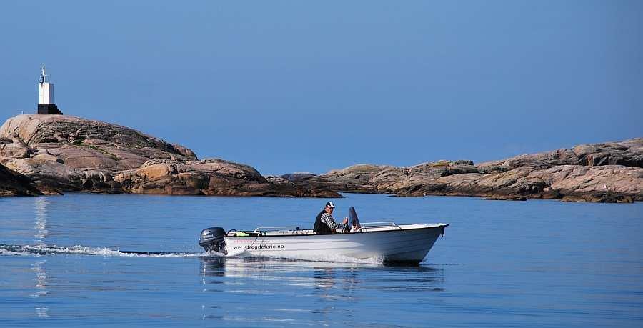 Angelboot Øien 18 Fuß / 25 PS, 4-Takter mit E-Starter, Steuerstand und Farb-Echolot, GPS/Kartenplotter