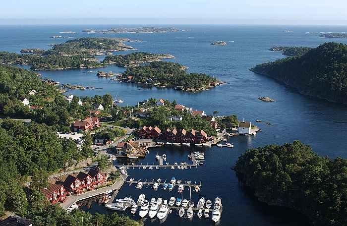 Die Anlage Trysnes Marina liegt in der Region Sørlandet in Südnorwegen.