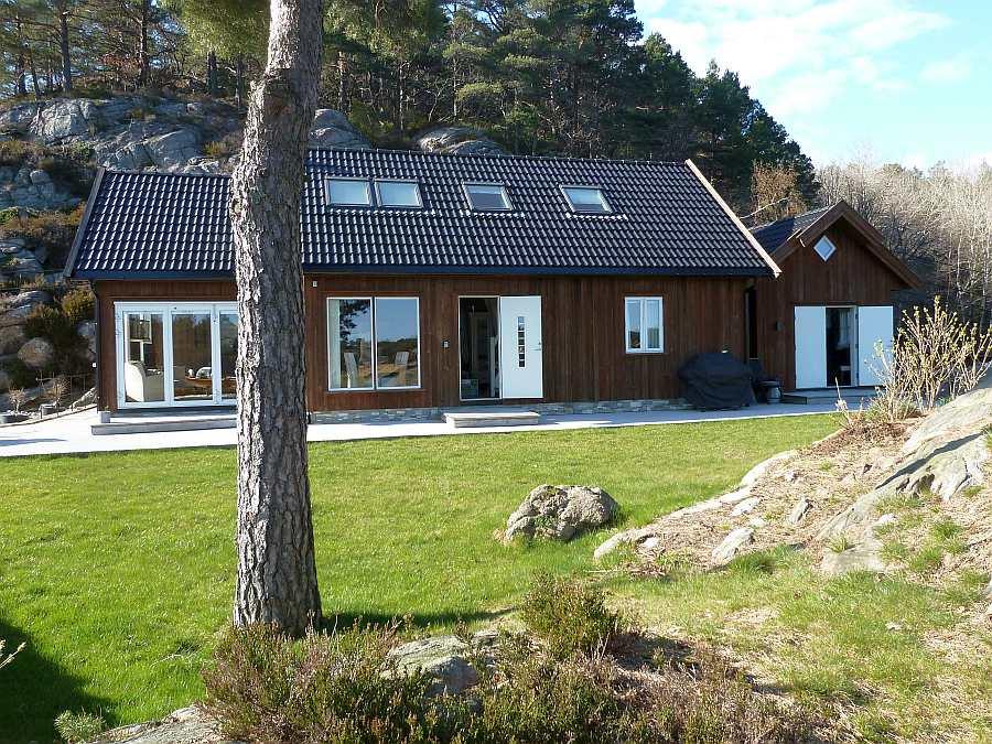 Ferienhaus Vige ist ein echtes Wohlfühlhaus! Rechts liegt Anbau mit einem der  Schlafzimmer