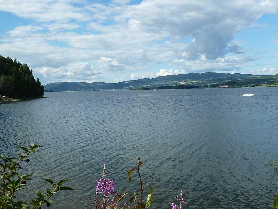 Blick über den See Mjøsa