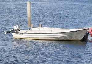 Ein Motorboot ist bereits im Hauspreis enthalten -  ein zweites kann zusätzlich gemietet werden
