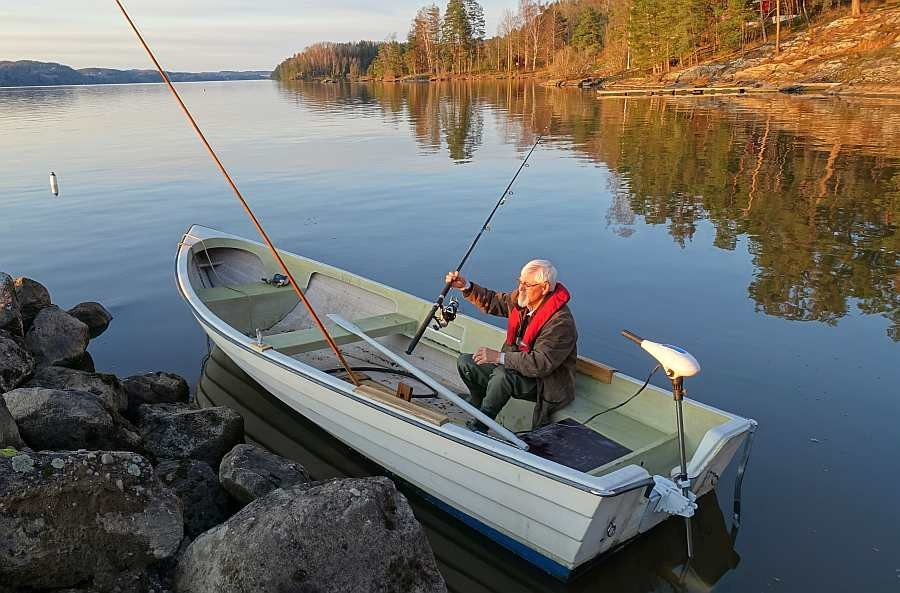 Bereits im Reisepreis enthalten: Angelboot 17 Fuß/ mit einem 15 PS Motor, 4-Takter (Abb. hier mit einem anderen Motor)