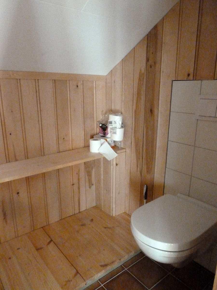 Der separate Toilettenraum