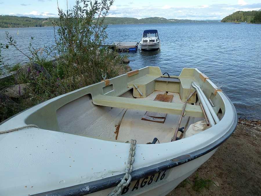 Das Angelboot ist sehr geräumig