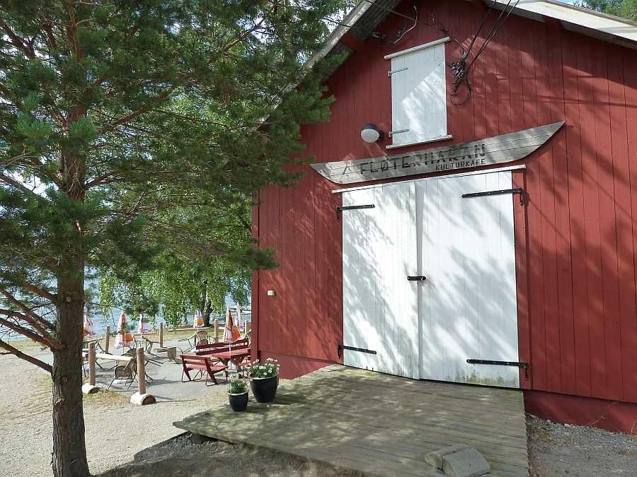 Das Sommer-Kultur-Café 'Fløterhakan' ist ein Besuch wert!!