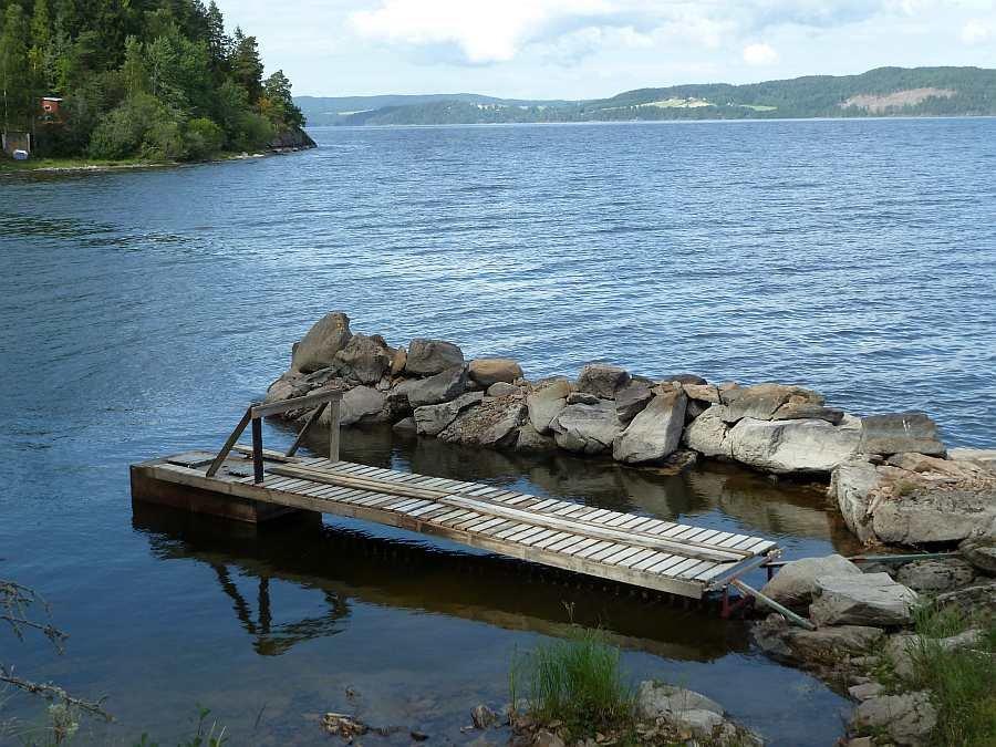 Der Bootsliegeplatz mit Steg