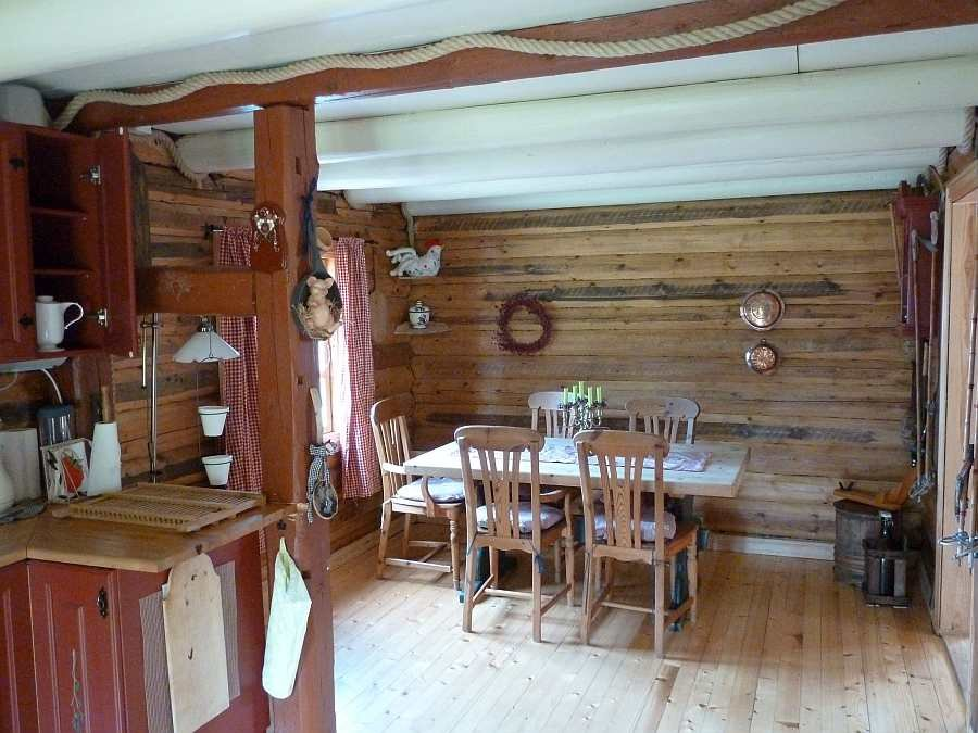 Blick vom Küchenbereich zur Sitzecke