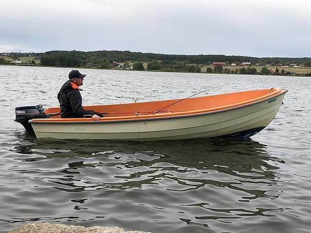 Bereits im Preis enthalten: Angelboot 14 Fuß/9,9 PS