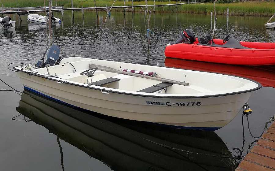 Bereits im Preis enthalten: Angelboot 14 Fuß/9,9 PS, Steuerstand