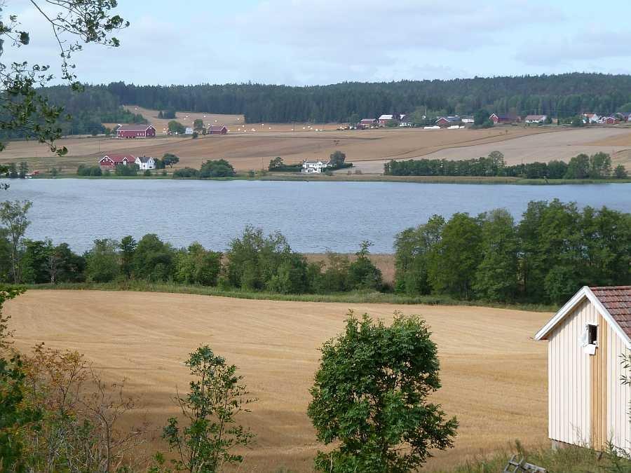 Blick von der Terrasse der Ferienwohnung auf den See Visterflo