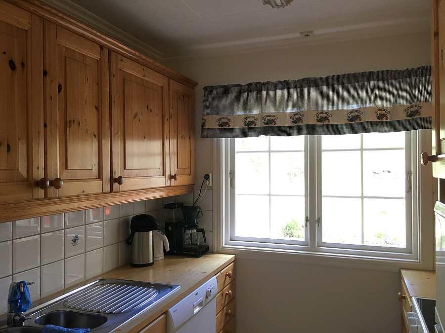 Blick in die offene Küche des Ferienhauses