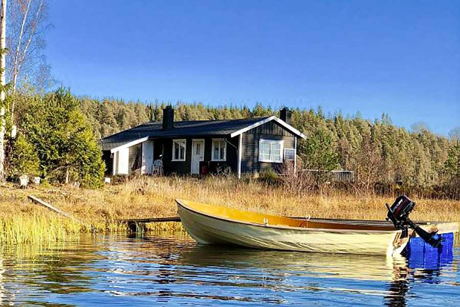 Ferienhaus Brøken direkt am Ufer des Sees Øymarksjøen