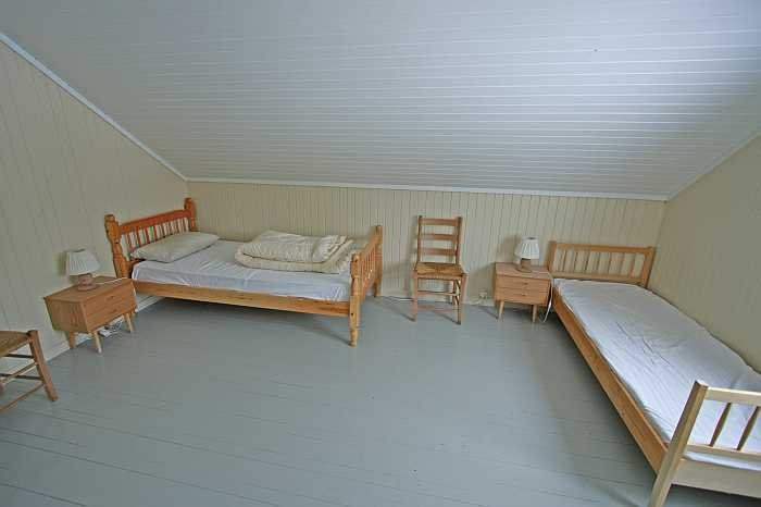 Schlafzimmer No 2 - mit zwei Einzelbetten
