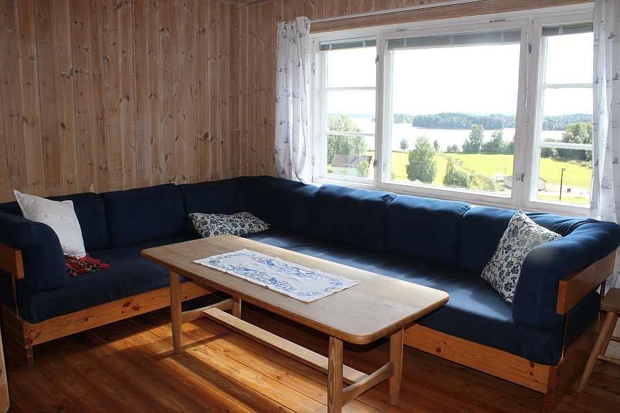 Zusätzlicher Wohnbereich. Das ausziehbare Schlafsofa bietet 2 weitere Schlafplätze