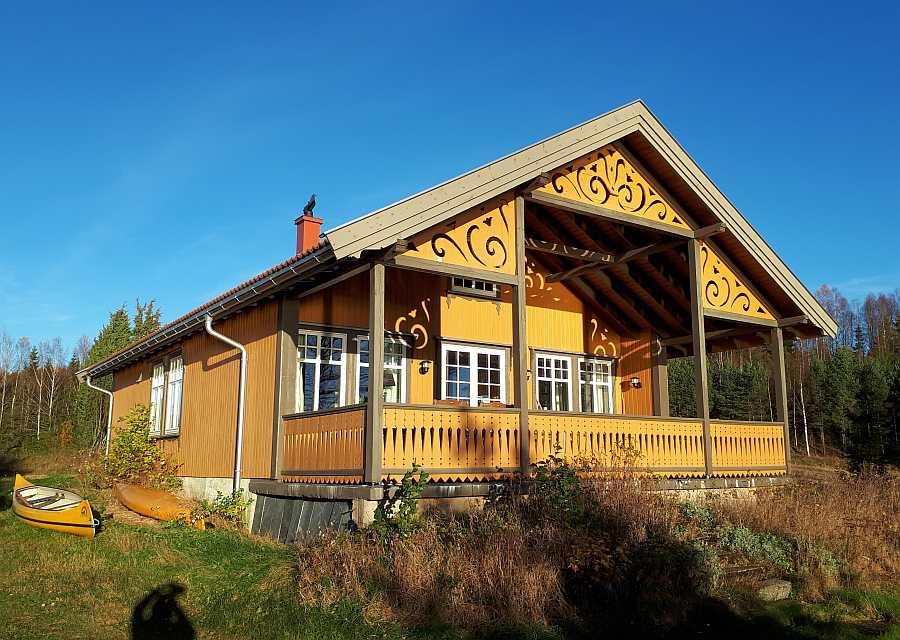Haus Langenes wurde im Jahr 2014 erbaut und bietet einen sehr guten Standard