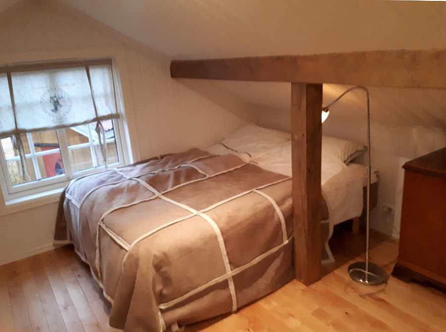 ... Das Schlafzimmer Mit 1 Doppelbett Im 1.