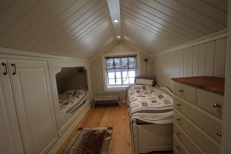 Das Schlafzimmer mit 2 Einzelbetten im 1. Stock
