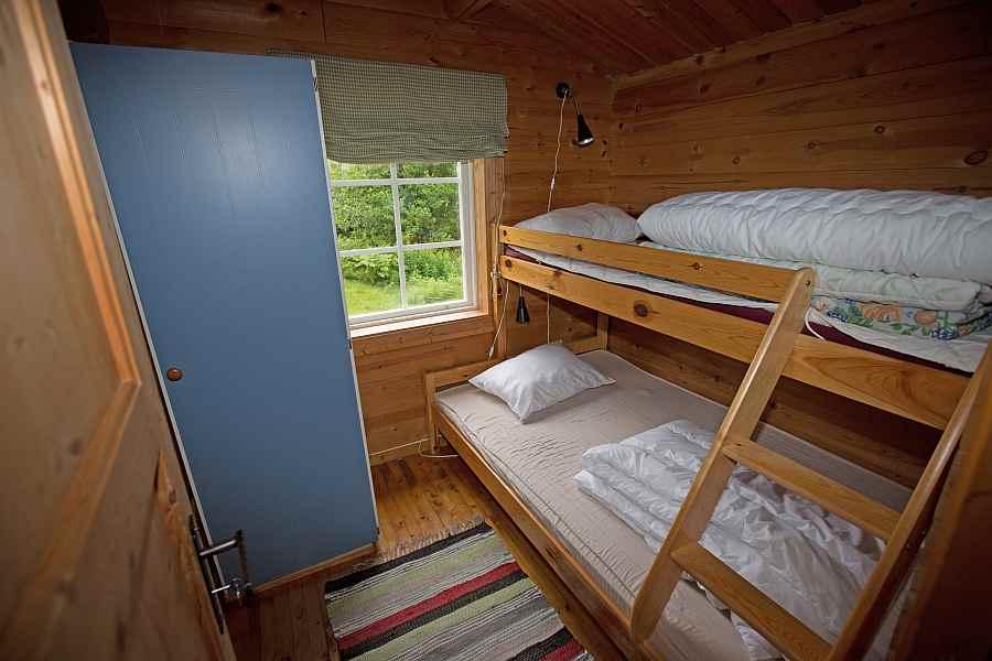 Schlafzimmer mit norwegischem Familienbett
