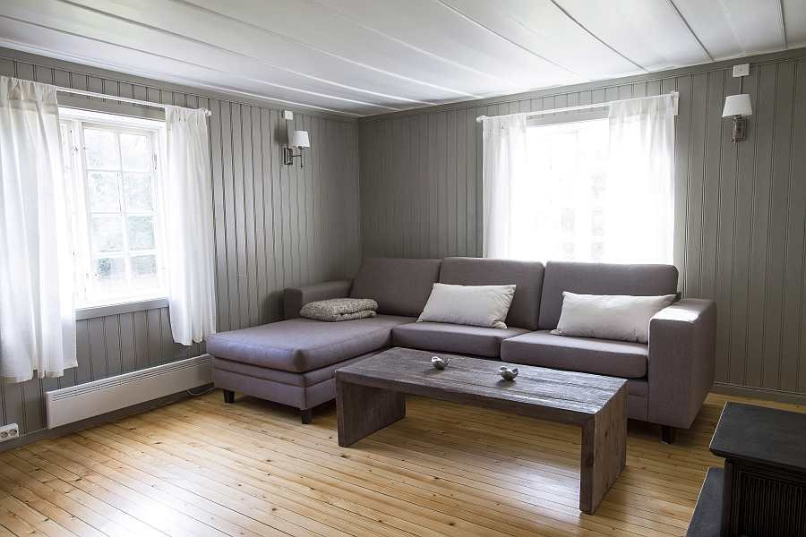 Das helle Wohnzimmer des Ferienhauses