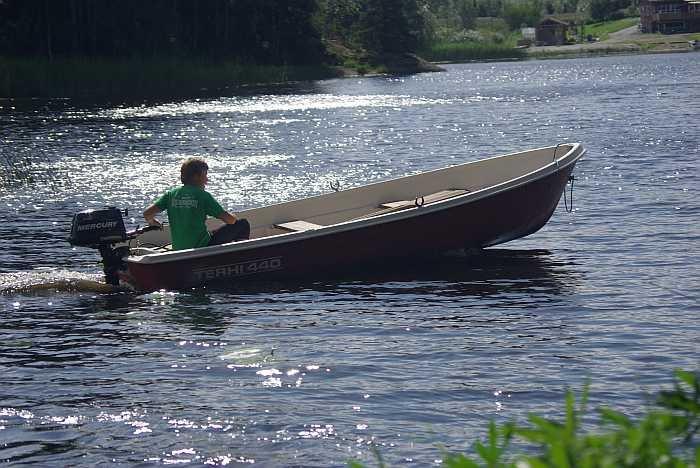 Angelboot 14 Fuß/6 PS -Viertakter - bereits im Hauspreis enthalten