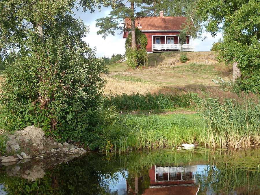 Ferienhaus Perstua - direkte Lage am See Moentjern