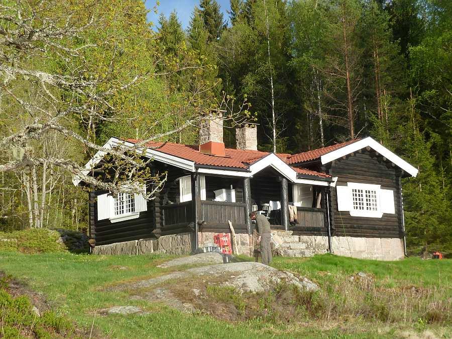 Das Ferienhaus liegt in absoluter Alleinlage - Ihre Nachbarn sind hier Elch und Biber