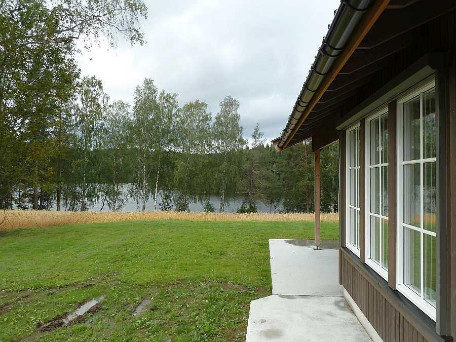 Die Lage des Hauses zum eigenen Seeufer - nur ca. 60 Meter entfernt