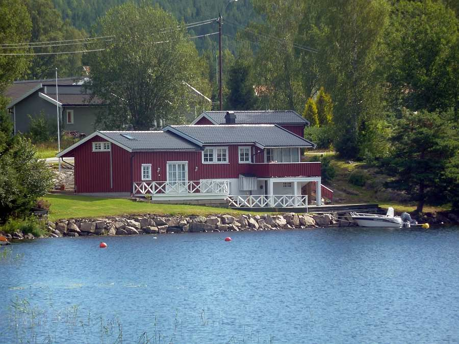 Ferienhaus Solli - direkte Uferlage am See Rømsjøen