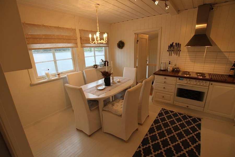 In der gemütlichen Wohnküche ist genug Platz für alle