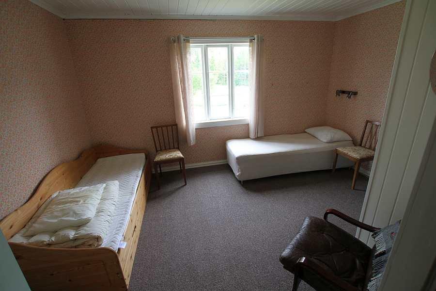 ... Ein Weiteres Schlafzimmer Mit Zwei Einzelbetten ...
