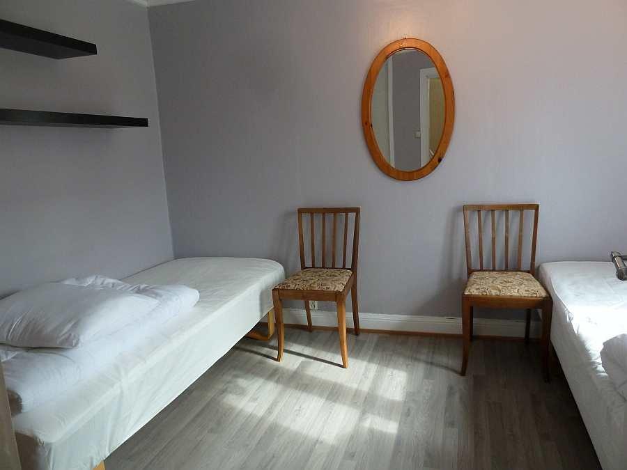 ... Eines Der Drei Schlafzimmer Mit Jeweils 2 Einzelbetten (hier Sind Die  Einzelbetten Zum Doppelbett Zusammenstellbar ...