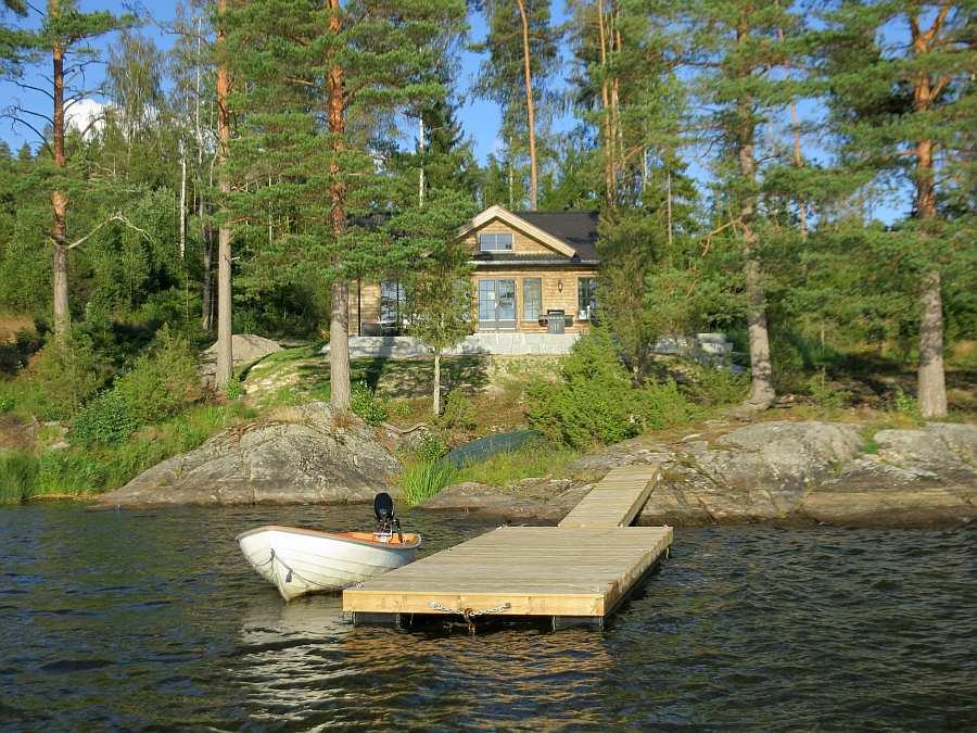 Die perfekte Lage direkt am Seeufer - Ferienhaus Solspillet