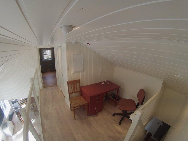 Zusätzlicher Sitzbereich auf der Empore im 1. OG.