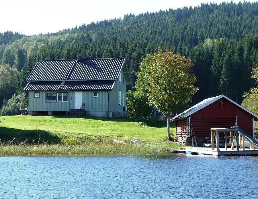 Ferienhaus Sundheim - direkt am Ufer des Sees Kolbjørnsrudsjøen